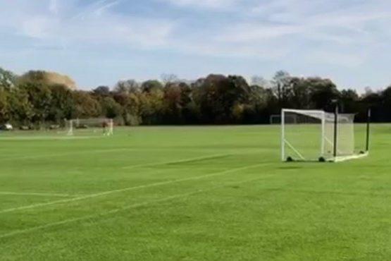 После уроков английского можно играть в футбол